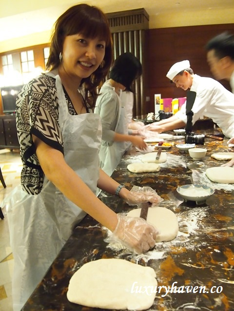 feng shui inn mooncake making media workshop