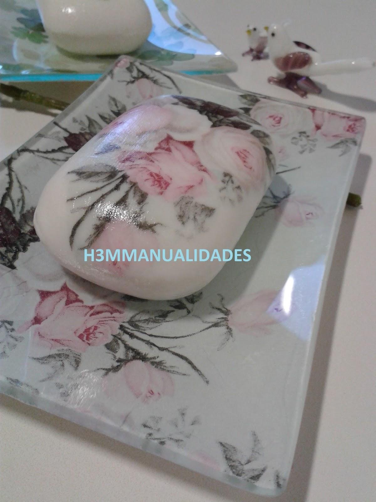 H3M MANUALIDADES: DECOUPAGE EN JABONES Y JABONERAS DE CRISTAL