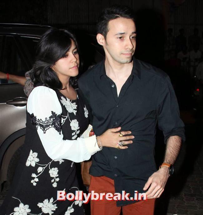 Ekta Kapoor, Shahrukh, Shahid, Ekta at a Bar Launch