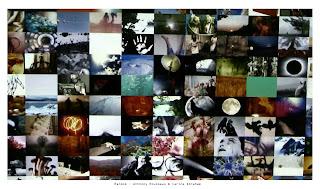 """""""Random"""" est une installation audiovisuelle qui intègre une base de données composée de haïkus personnels et d'éléments iconographiques récoltés sur les réseaux Internet et qui s'actualise de manière aléatoire sous forme de flux."""