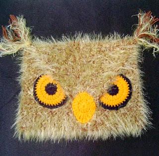 http://www.mazkwok.com/2013/09/free-crochet-pattern-angry-owl-hat.html