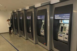 Agências bancárias abrem até a próxima quinta-feira (29)