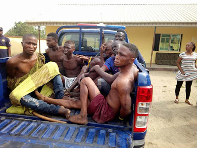 Cult Members Arrested While Having Their Meeting By 2am In Lagos