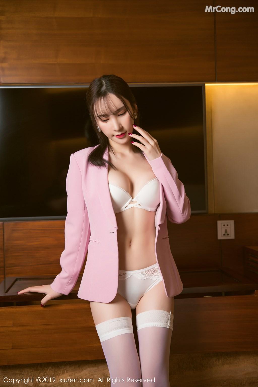 Image XIUREN-No.1391-Zhou-Yuxi-Sandy-MrCong.com-023 in post XIUREN No.1391: Zhou Yuxi (周于希Sandy) (51 ảnh)