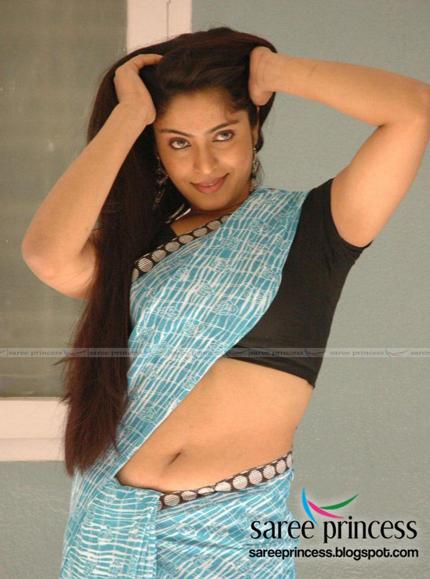Tollywood Item Girl Reshma Spicy Navel Show In A Revealing -6660