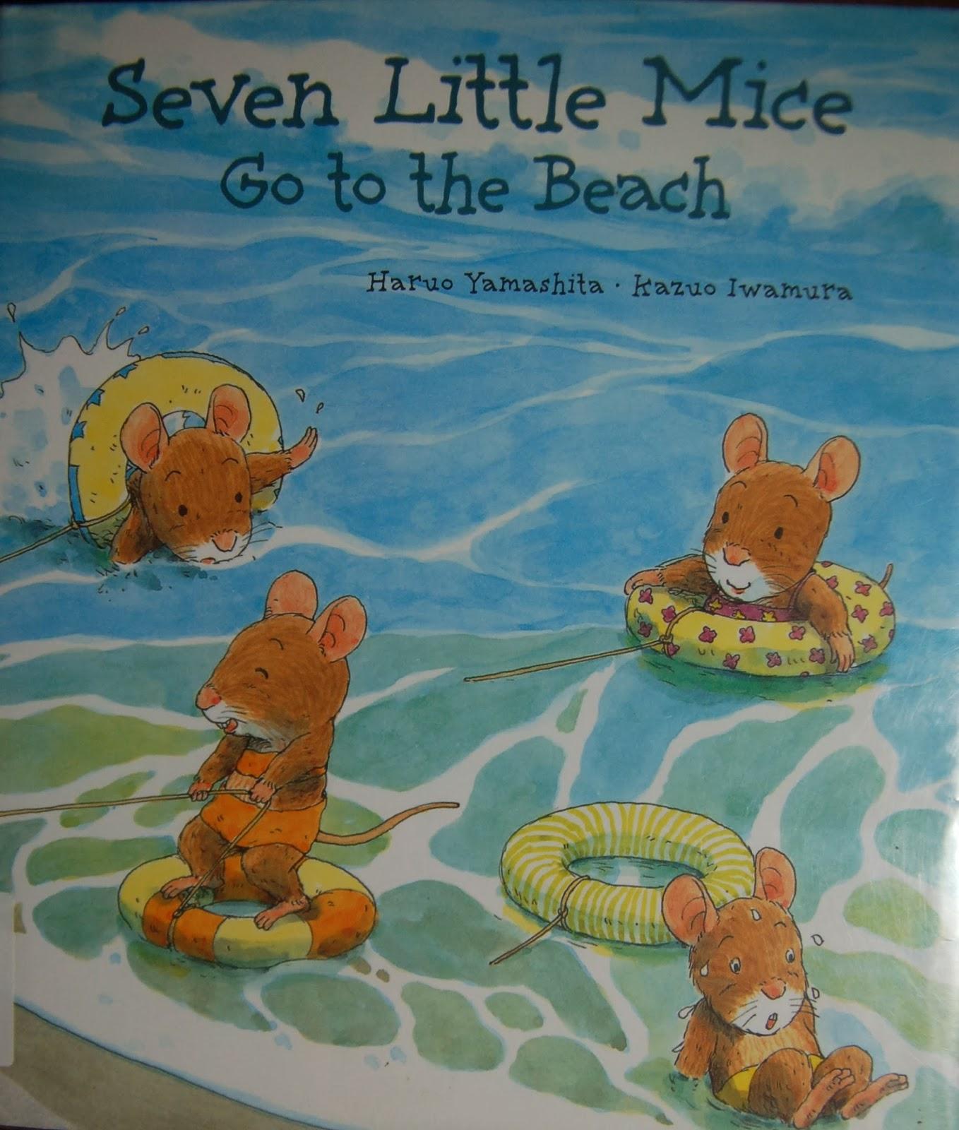 Seven little mice go to the beach. 此照片翻拍自圖書館書籍