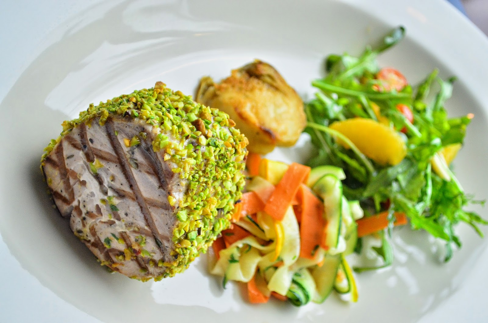Pistachio crusted tuna Prego