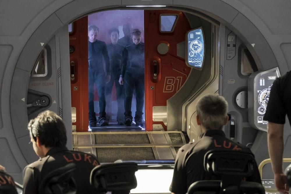 National Geographic 'Mars' TV series - season 2 (s02) - entering Lukrum base