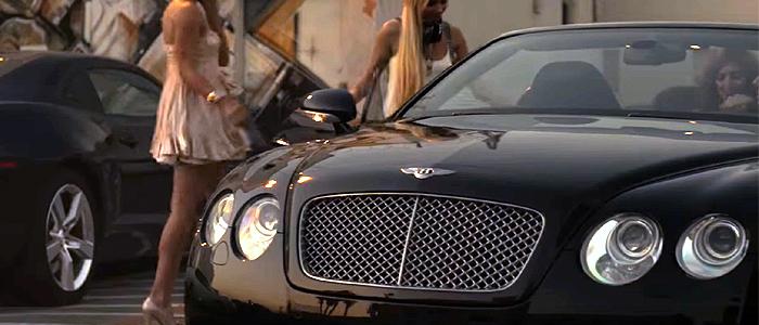 Tiesto - Who Wants To Be AloneのPVに登場する車は、ベントレー・コンチネンタル GTC