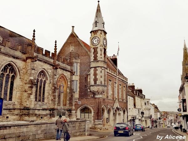 corn-exchange-turn-Dorchester-Dorset-obiectiv-turistic