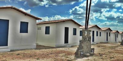 Resultado de imagem para MPF cobra melhoria nas futuras casas dos moradores desalojados pela Barragem de Oiticica