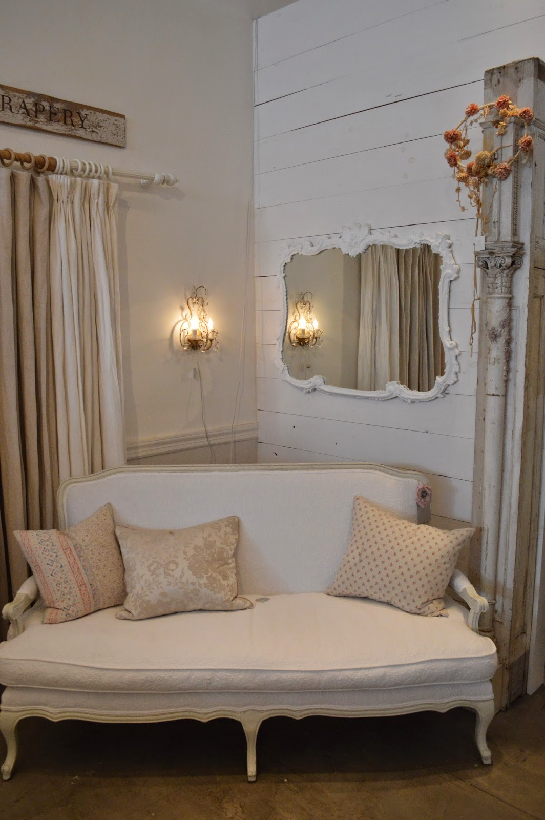 a visit to rachel ashwell 39 s shabby chic store in new york. Black Bedroom Furniture Sets. Home Design Ideas