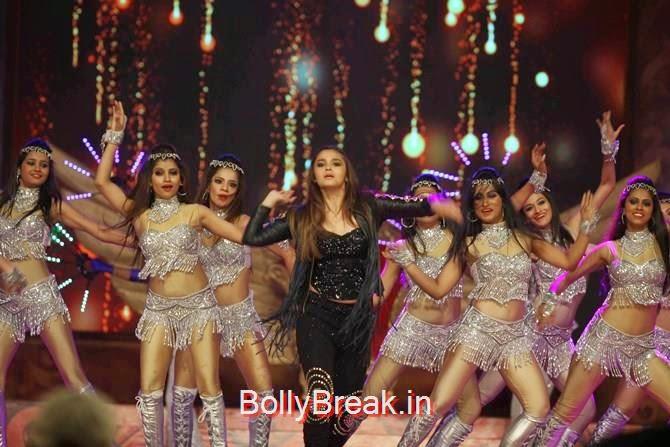 Alia Bhatt, Katrina,  Shah Rukh, Priyanka, Deepika At Umang 2015
