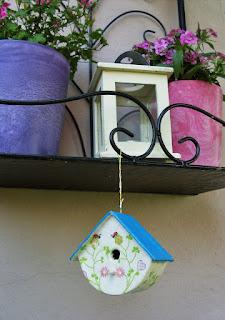 Vogelhäuschen 2 - verziert mit Serviettenmotiv