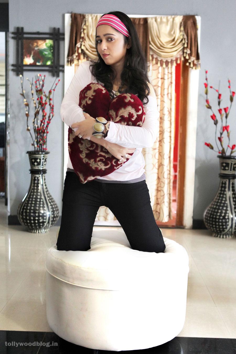 Charmi - Prema Oka Maikam Telugu Movie photos - Sabhot Blog