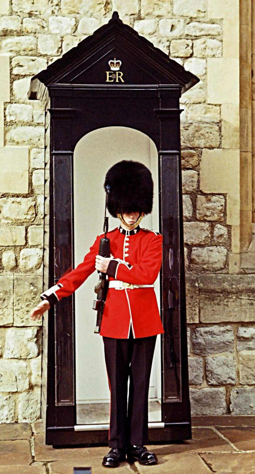 Stock Pictures Queen S Guard Photo Sketch And Silhouette