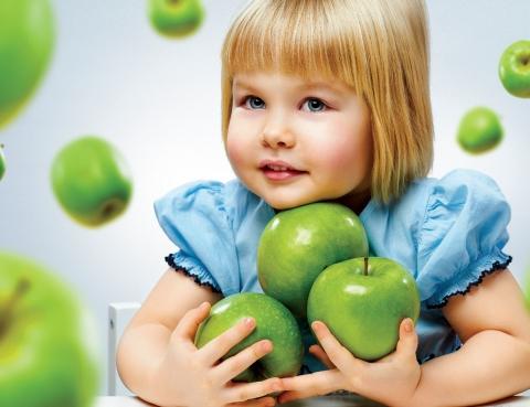 jak wzmocnić włosy u małego dziecka