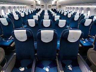 kursi-pesawat-kelas-ekonomi.jpg