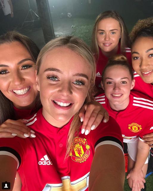 echipa de fotbal feminin