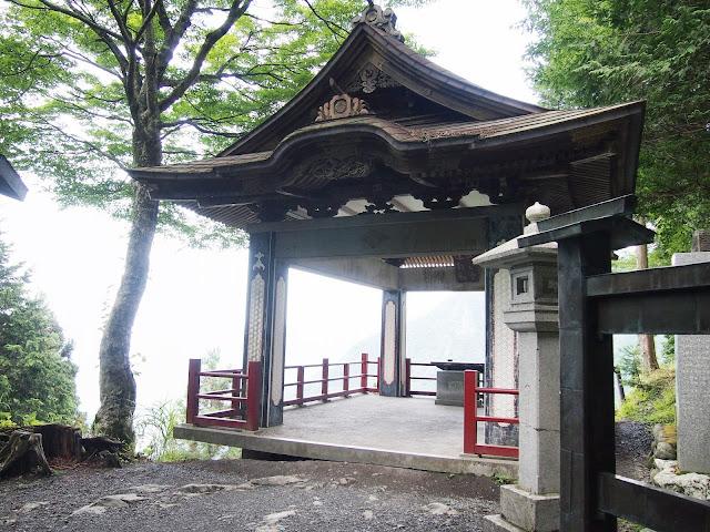 秩父 三峯神社 遥拝殿