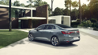 Nuova Renault Megane Grand Coupe prezzi | Prezzo base e listino ufficiale