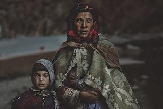 معاناة الإنسان في المغرب