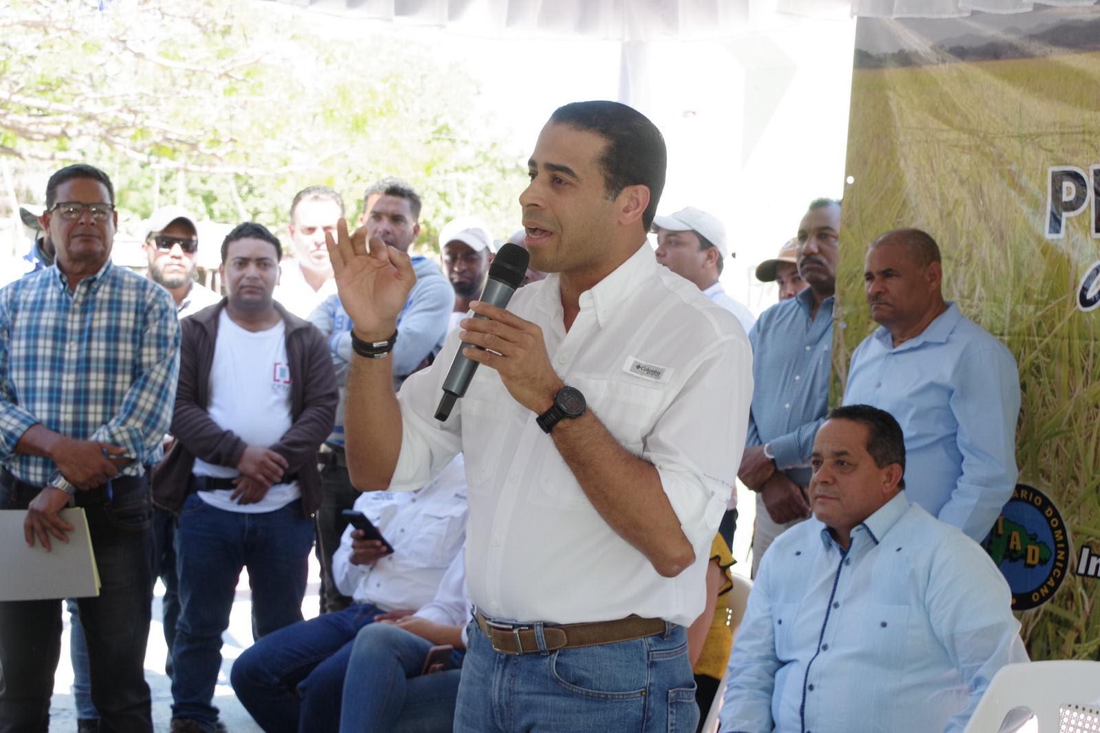 Cumpliendo promesa Visita Sorpresa 181, Gobierno inicia trabajos de titulación en Palmar de Ocoa