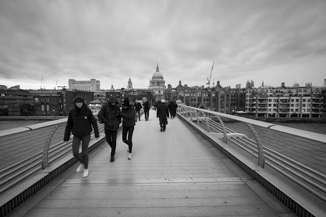 Millennium bridge e St. Paul Cathedral-Londra