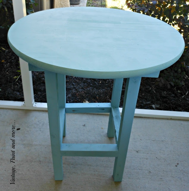 Vintage, Paint and more... DIY wood patio table painted with DIY chalk paint