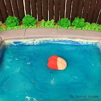 Fondant swimmer for cake