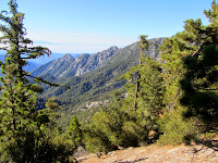 View south into San Gabriel Wilderness from the ridge en route to Waterman Mountain