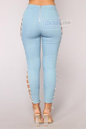 Celana Jeans Wanita Terbuka 'Wild Thang' yang Menantang