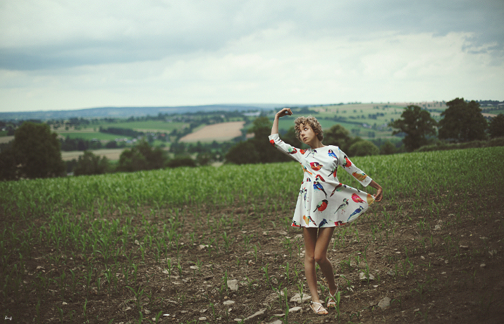 surrealist art photography by Knas, fashion blogger das sheep, lovelywholesale review, outfit of the day