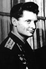 Il pilota collaudatore Vladimir Sergeyevich Ilyushin, dell'ufficio Sukhoi, presunto cosmonauta fantasma.