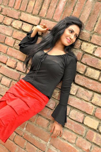 Alisha-Pradhan- Hottest Actresses in Bangladesh