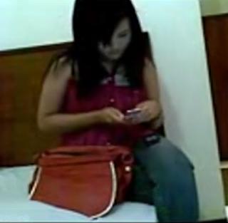 Bokep Indo Enak Ngewe Sama Pacar Sendiri | PornBet