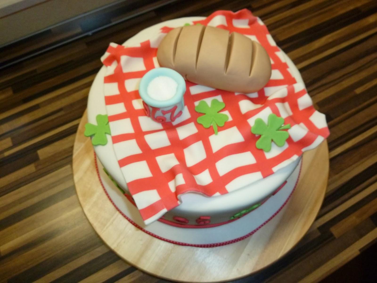 cakez creations with heart februar 2014. Black Bedroom Furniture Sets. Home Design Ideas