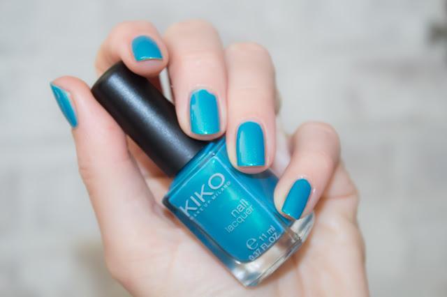 turquoise manucure kiko vernis à ongles