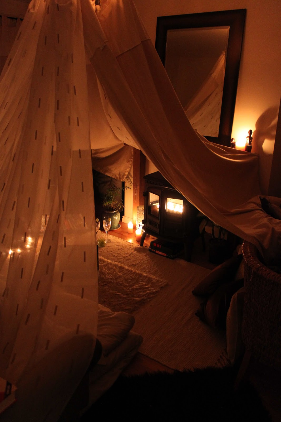 A Journey To A Dream...: Adults Can Make Dens Too