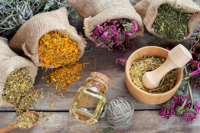 21 Effective Herbs for Skincare