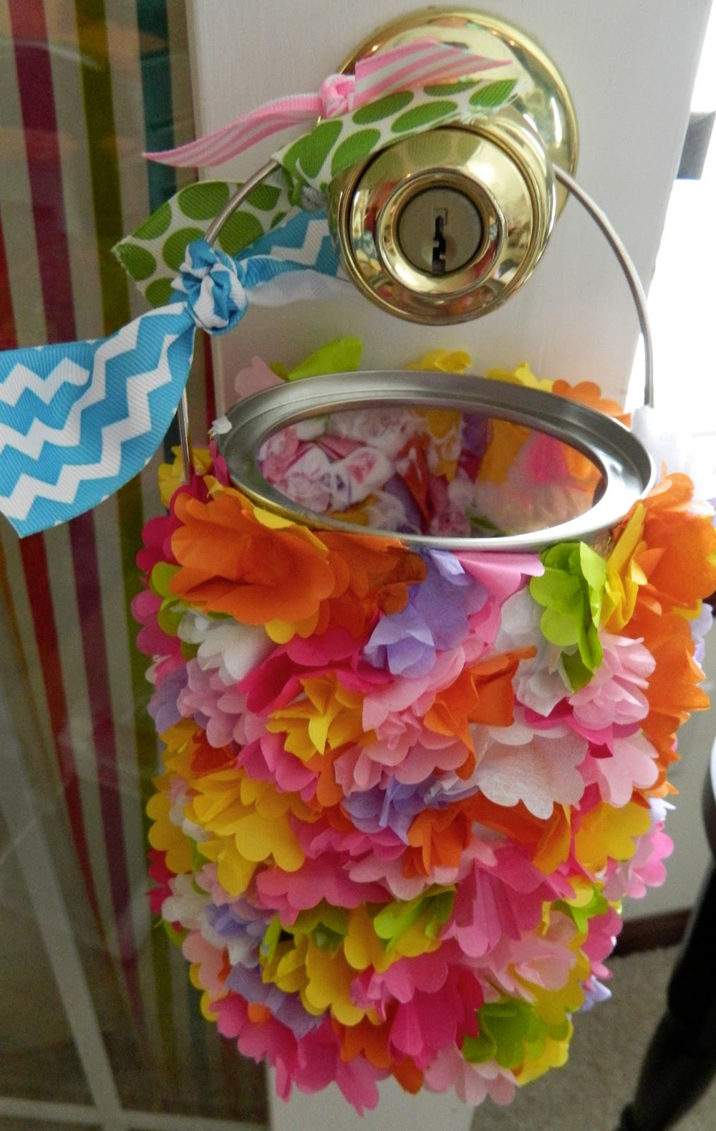 The Vintage Umbrella Tissue Paper May Basket