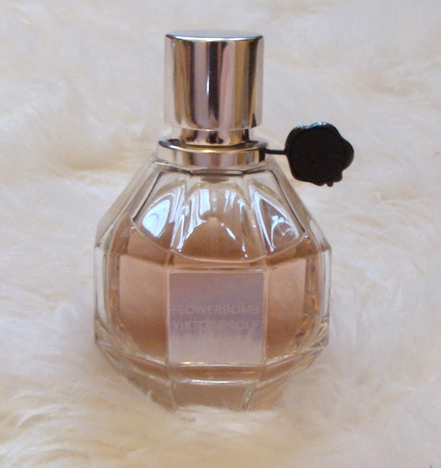 Melz manor updated my perfume collection flowerbomb by viktor rolf izmirmasajfo