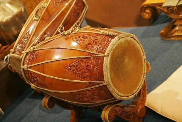 Alat Musik Tradisional Kendang (Gendang)