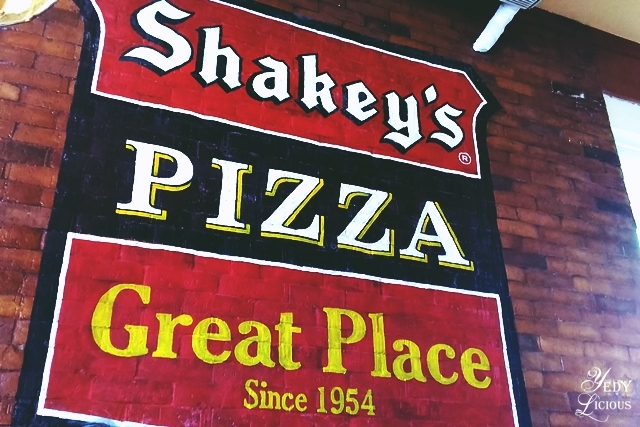 Let's All Go To Shakey's. Shakey's Philippines, a Great Pizza Place Since 1954. Shakey's PH Blog Review Menu Website Delivery Contact Number Facebook Instagram Twitter.