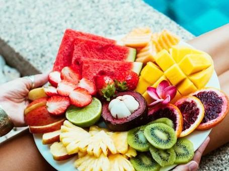 Tα έξι φρούτα που μπορούν να σε βοηθήσουν να αδυνατίσεις