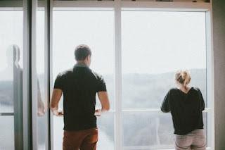 5 Trik Cowok Menghadapi Cewek Yg Diam Saat Marah