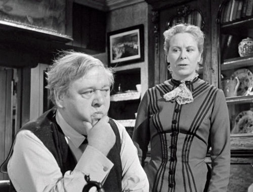 Charles Laughton and Brenda De Banzie