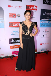 Red Carpet of Most Stylish Awards 2017 ~ Taapsee Pannu in Black Gown (3).JPG