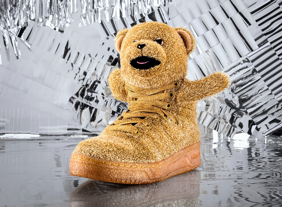 reputable site 28277 e84bf Jeremy Scott and Adidas Holiday Sneakers!!!
