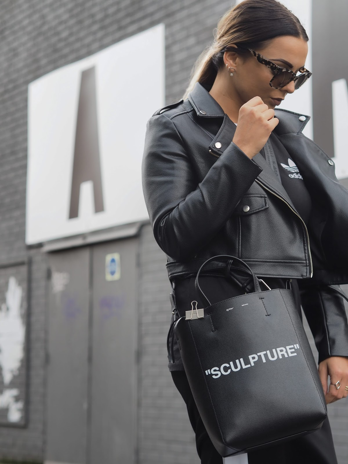 that off white sculpture bag uk women 39 s fashion fitness. Black Bedroom Furniture Sets. Home Design Ideas